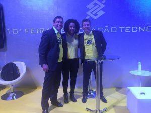 Andre Facciolli e Flavio Bontempo com a Fofão do vôlei feminino.